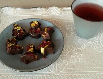 Kerstchocolaatjes met pistache en cranberries binnen 15 minuten!